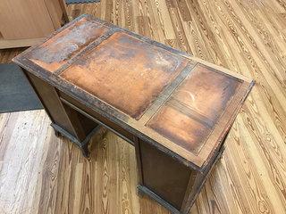 Desk4thumb1