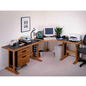 Downloadable Woodworking Project Plan to Build Computer Desk