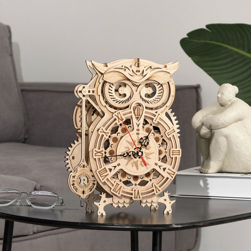 View a Larger Image of Owl Clock