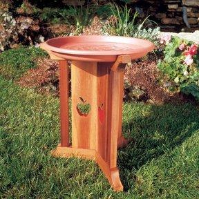 Woodworking Project Paper Plan to Build Birdbath Beauty