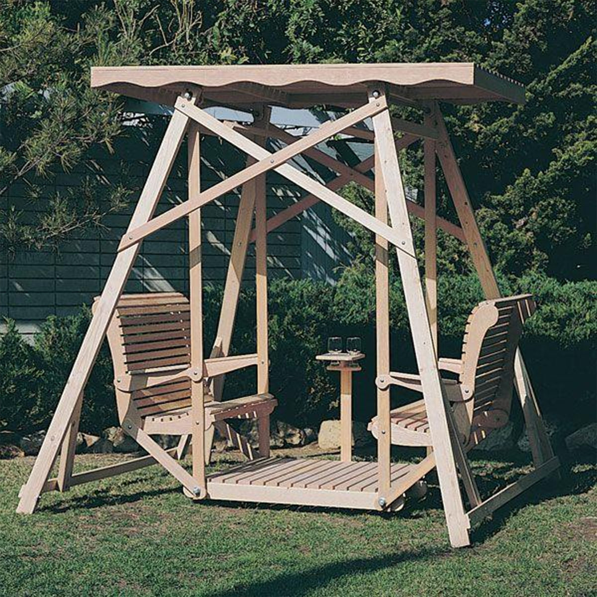 View a Larger Image of Woodworking Project Paper Plan to Build Canopy Glider Swing