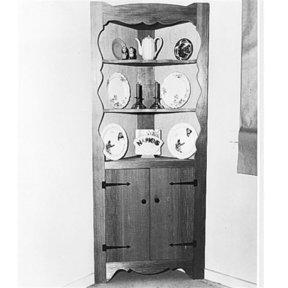 Woodworking Project Paper Plan to Build Corner Cabinet, Plan No. 109