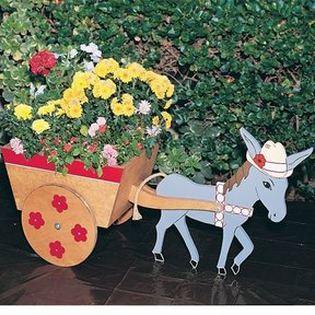 Woodworking Project Paper Plan to Build Donkey Cart Planter, Plan No. 748