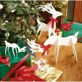 Woodworking Project Paper Plan to Build Medium & Tabletop Sized Reindeer