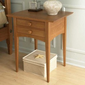 Woodworking Project Paper Plan to Build Pencil Post Nightstand