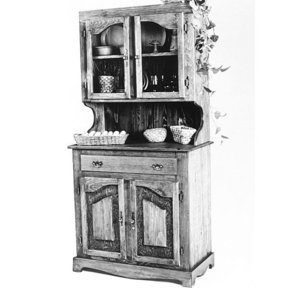 Woodworking Project Paper Plan to Build Pine China Cabinet, Plan No. 667