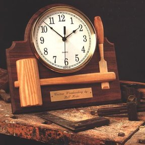 Woodworking Project Paper Plan to Build Signature Shop Clock