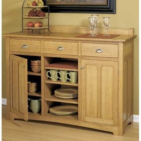 Woodworking Project Paper Plan to Build Traditional Sideboard