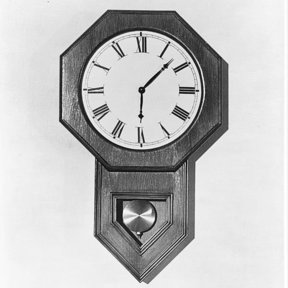 Woodworking Project Paper Plan to Build Wall Clock, Plan No. 530